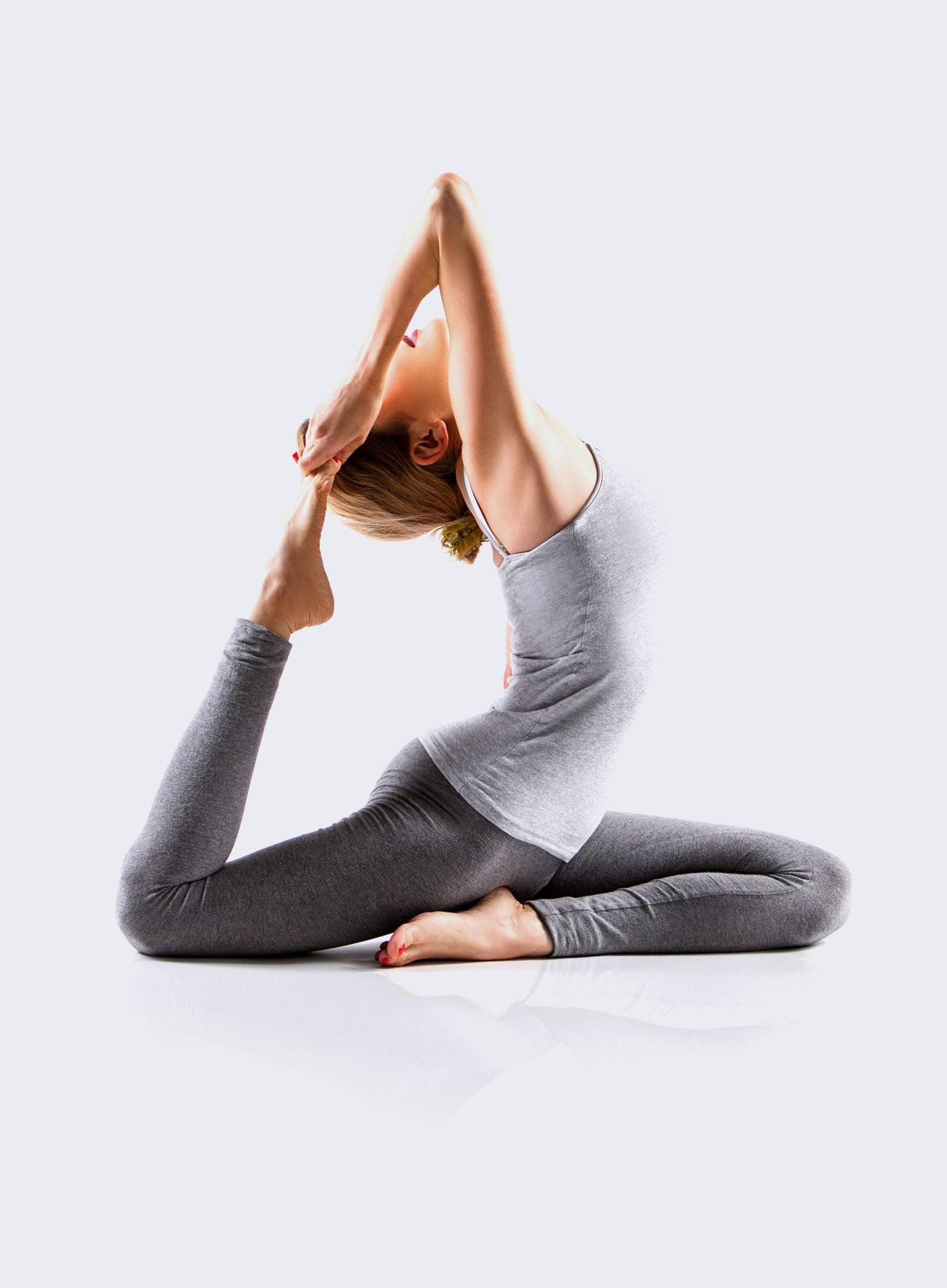 yoga cours hatha posture trikonasana